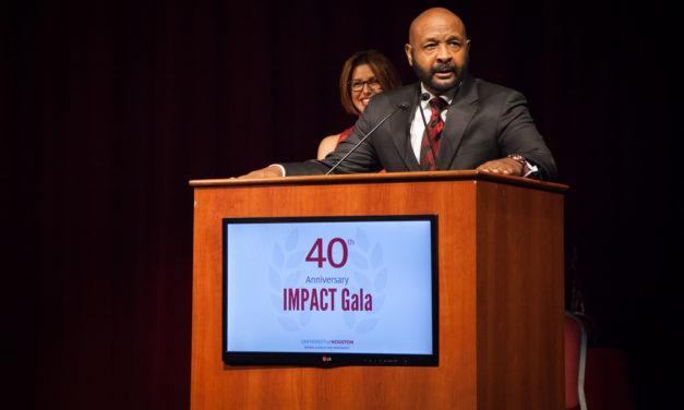 NSM Honors 12 Distinguished Alumni and Legacy Award Winner
